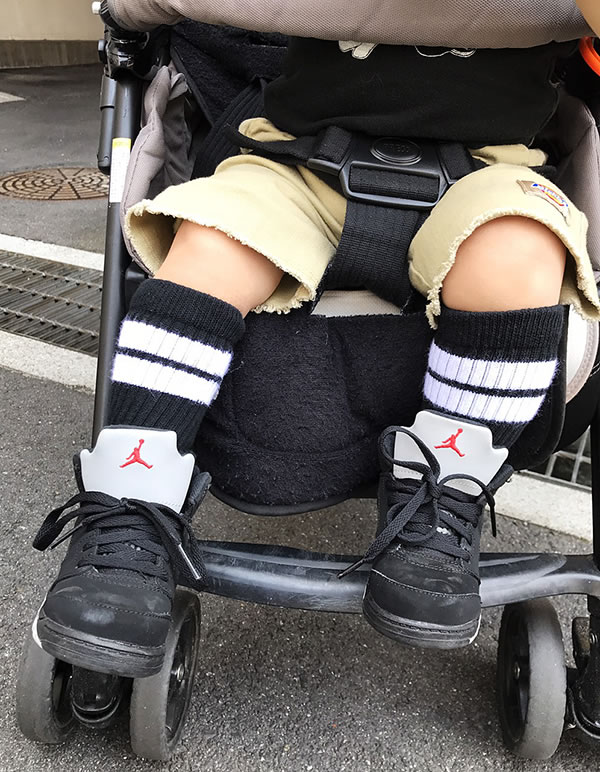 丝袜视频tube免费_儿童婴幼儿用品 婴儿 婴儿服式,潮流服式 袜子,丝袜 袜子 品项详细