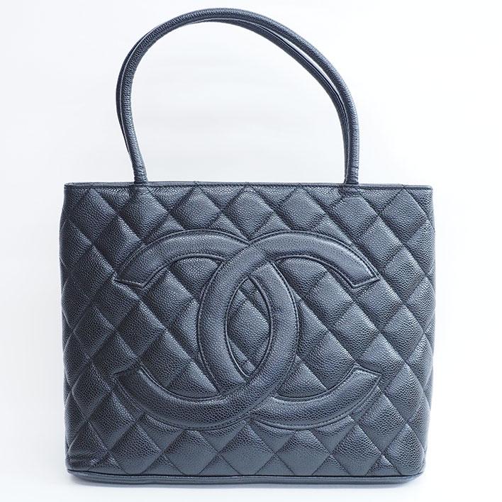f53fb39994ac 商品番号bag-10832-708082ブランドCHANEL / シャネルラインココマーク型番A01804シリアル9113291素材キャビアスキンカラーブラックカテゴリレディース寸法縦:約24cm、  ...