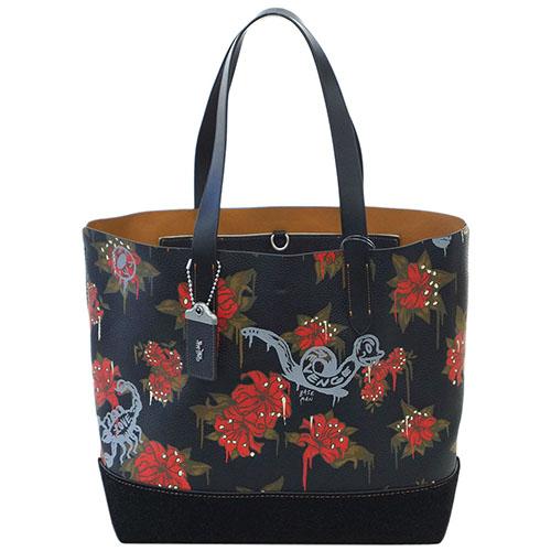 45ffef3510ca ブランド紹介: COACHは1941年 ニューヨーク?マンハッタンで皮革小物工房としてスタートしました。美しいデザインと高い機能性をもつ洗練されたバッグ類をはじめ、靴、  ...