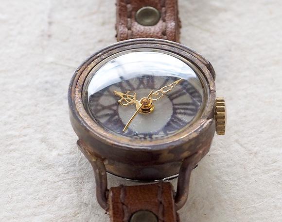 山田yoko的手工制作的表·手佣人手表女士本皮革皮带黄铜古董风格模拟