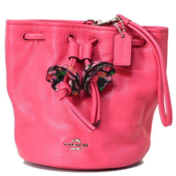 bd222881af00 コーチの大人気ミニリストレットポーチを入荷しました!今季トレンドの巾着式の珍しい形のバッグ◎鮮やかなピンクカラーの新色「ストロベリー」は大人可愛い印象で  ...