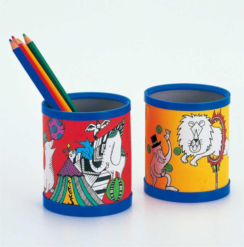 手工制作笔筒