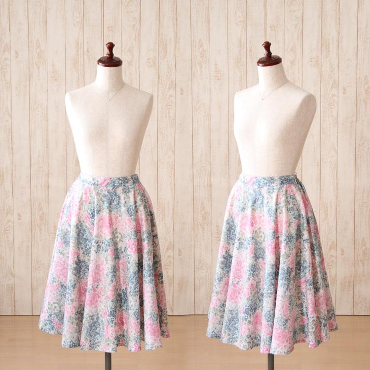 自由玛丽珍风格,深悬垂圆形裙的款式和颜色光泽 [日本]