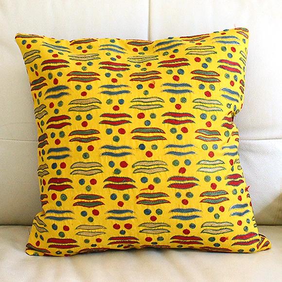 黄色枕头贴图素材