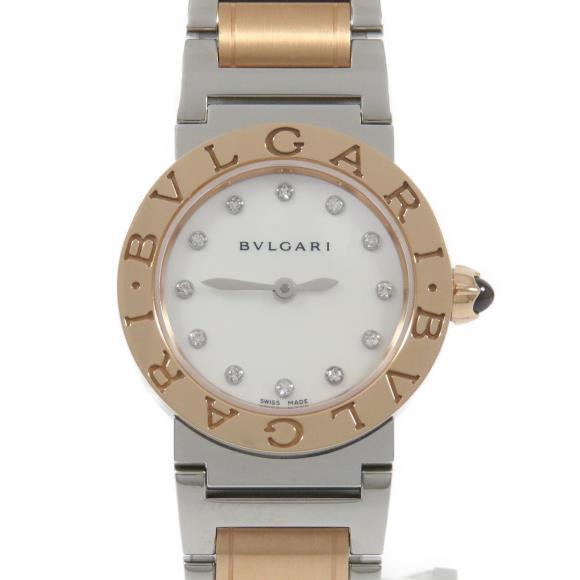 """6ad004ff9cca 1977年から続くブルガリを代表する腕時計シリーズ「ブルガリブルガリ」。鬼才時計デザイナー""""ジェラルド?ジェンタ""""氏が手がけたことでも有名です。"""