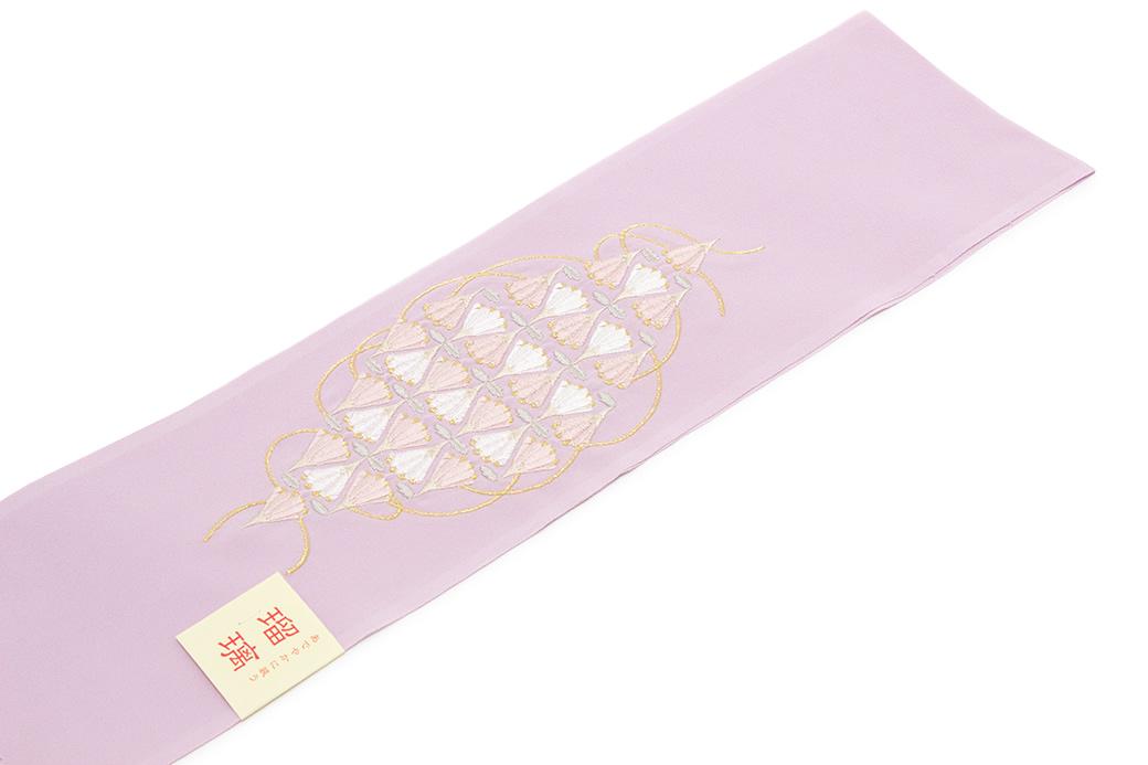 日本女人bi_soubien: 针对半领子粉红色淡紫色灯紫淡紫色花菱并bi