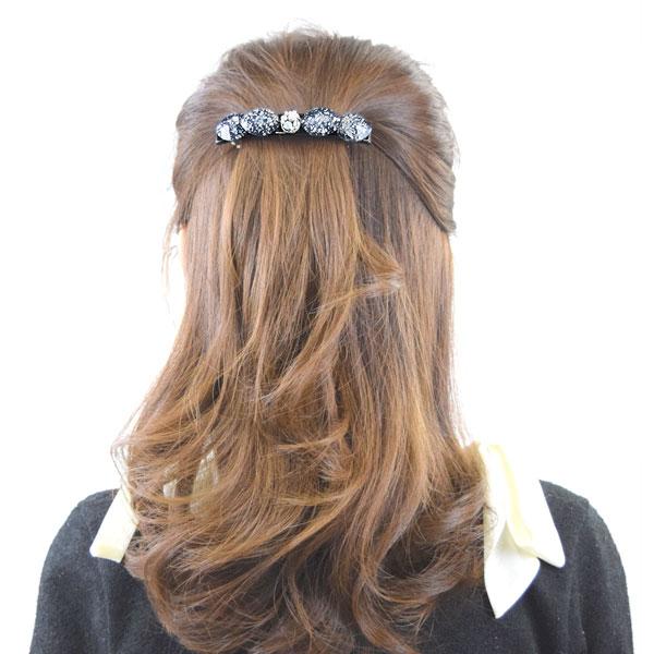 像头发瓦莱塔头发克裏普斯调子大理石箔石头闪闪发光的女子的头发配饰图片
