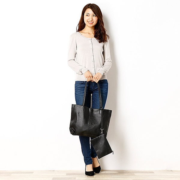 Leather tote bag(knot yacht/ノットヨット)/U.Q(U.Q)