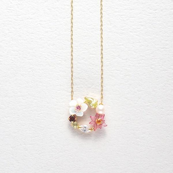 12月誕生花 K10 イエローゴールド クリスマスローズ ネックレス/ブルーム(BLOOM)