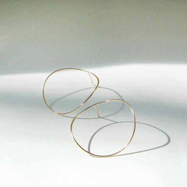 curvy circleピアス/ジュピター(JUPITER)「不良品のみ返品を承ります」