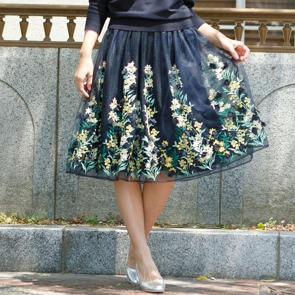 3Dフラワーモチーフ刺繍フレアスカート/ローズティアラ(大きいサイズ)(Rose Tiara)
