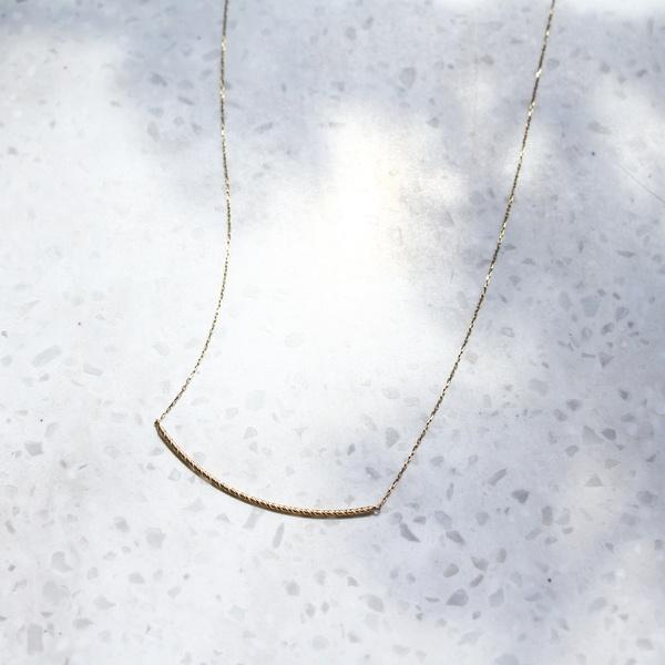 【WEB限定】sparkle curveネックレス/ジュピター(JUPITER)
