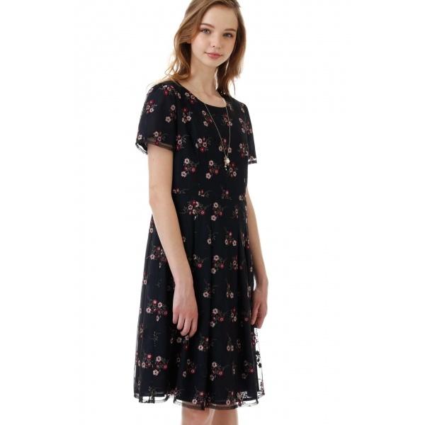 チュールカラー刺繍ワンピース/アリスバーリー(Aylesbury)