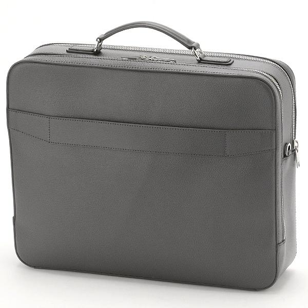 a82b615bc8ea フルラのマルテ L ブリーフケースラミネート加工牛床革製のマルテ L ブリーフケース。多数のポケットを備えた、機能性の高いバッグ です。長さ調節・取り外し可能な ...
