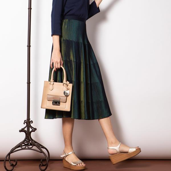 【手洗い可】サーキュラー配色ニットスカート/ビアッジョブルー(Viaggio blu)