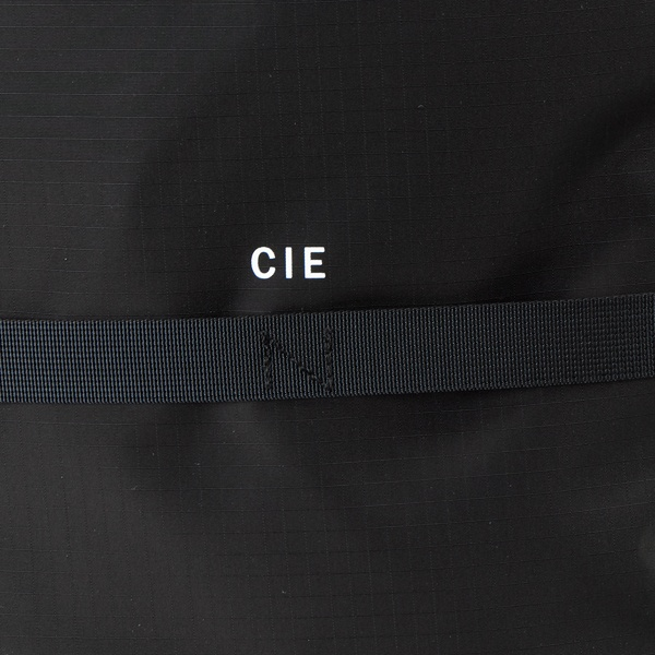 ナイロンバックパック (CIE) / ( CIE-GRID BACKPACK−02 BK ) CIE