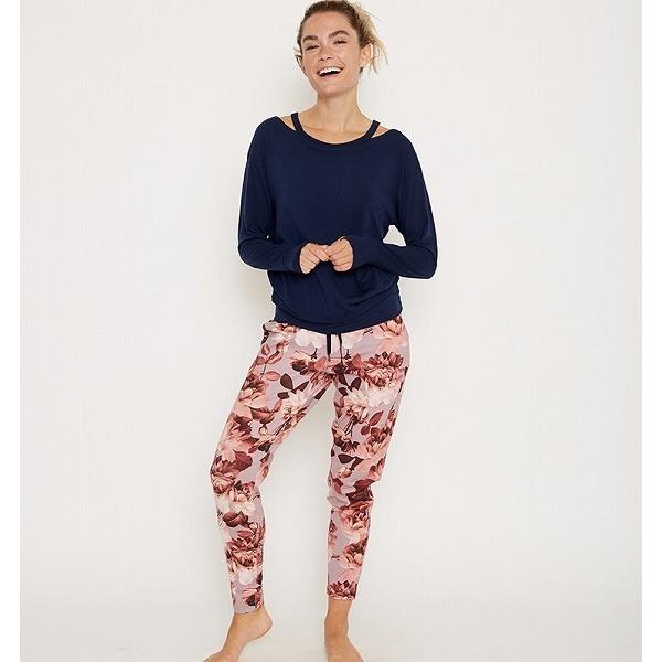 Tapered perfect trouser/urbanretreat(アーバンリトリート)
