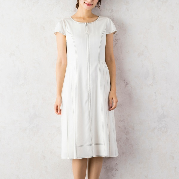 サイドプリーツワンピース(ホワイトデニム)/ローズティアラ(Rose Tiara)