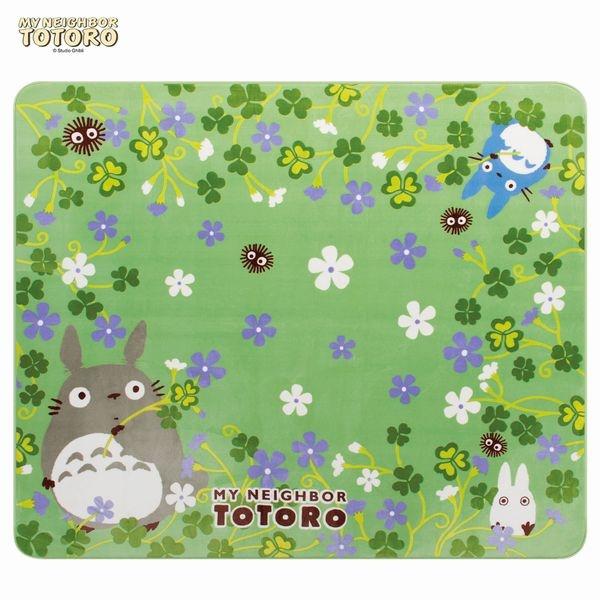 トトロと原っぱにいるようなデザインのふんわり ボアマット(約200×240cm) すずめぐさ/となりのトトロ(TONARI NO TOTORO)