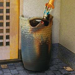 信楽焼「利休信楽」の手桶傘立