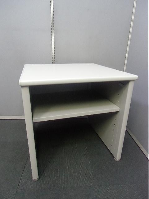 【中古品】オカムラ SD 機器テーブル 中間用 棚板1枚付き 【中古オフィス家具】