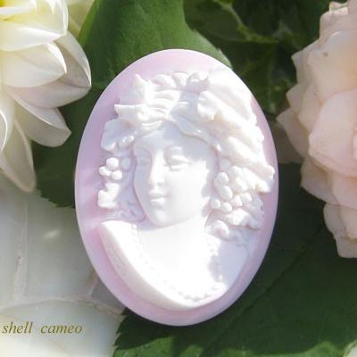 希少 優しいピンクの表情が素敵な女神のカメオ Giovanni 女神バッカンテ Turco作最上級コンクシェルカメオルース セール特別価格