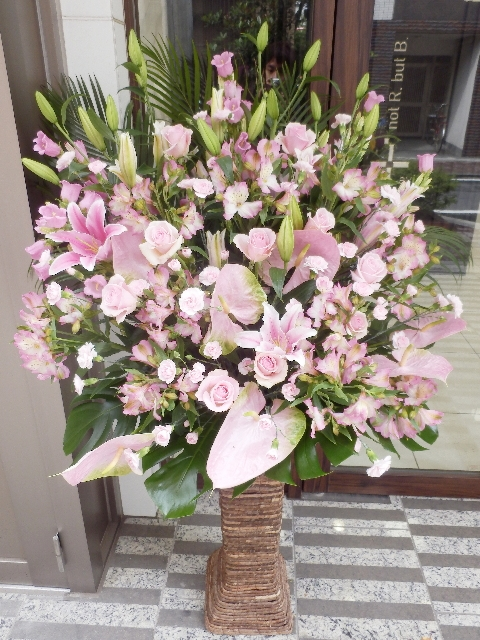 squareミディアムスタンド ライトピンク系 20000円 スタンド高さ75cm 色合い変更出来ます!