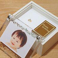 【出産祝い】【名入れ】【誕生石】【プレゼント】【送料無料】【ラッピング無料】K18ベビーリング 4月ダイヤモンド セレブレーションケース付