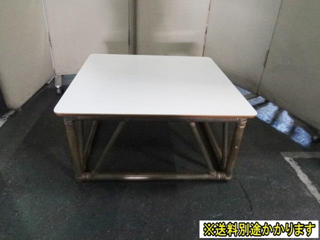 【中古】【送料別】CASABLANCA(カサブランカ) センターテーブル天板木製 脚部籐(ラタン)製天板ホワイト 脚部ブラウン リビング幅760mm 奥行き760mm 高さ370mmF-FA-394-0315A