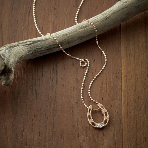 ピンクゴールドダイヤホースシューペンダント K91311629