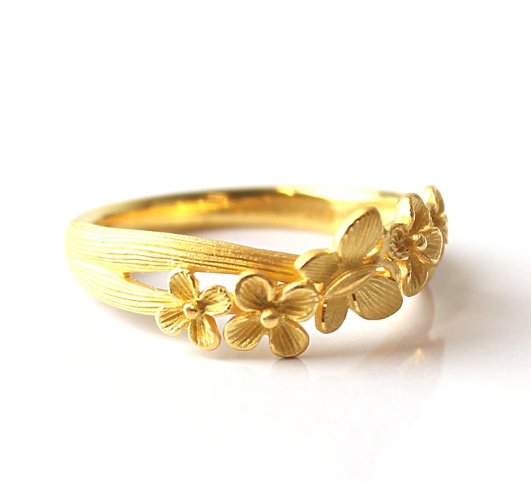 Prima Gold Japan: PRIMAGOLD flower and butterfly flower butterfly 24k gold pure gold jewelry ... - photo#24
