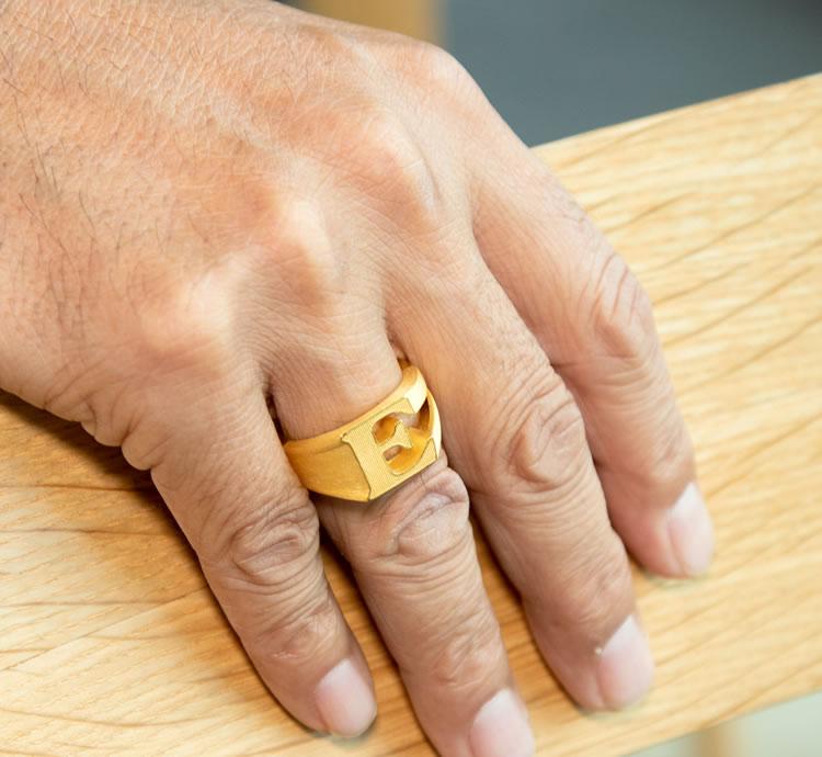 902c1dec5e2f7 Pure gold men initial E ring ring man 24-karat gold K24 yellow gold mark  stand gift present memorial day birthday present jewelry brand 24k Mens ...