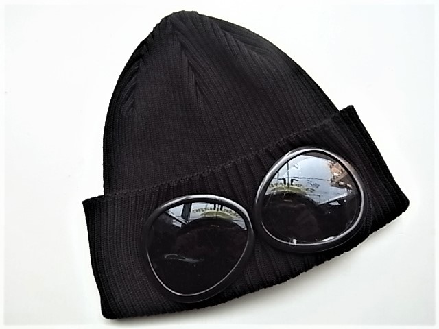 "C.P.COMPANY(シー・ピー・カンパニー)【KNIT CAP WITH LENS IN MERINE】""ゴーグル付き""COTTON KNIT CAP★BLACK★"