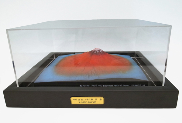 富士山 平成富嶽三十六景 第二景 赤富士 黒額装モデル ケース付き