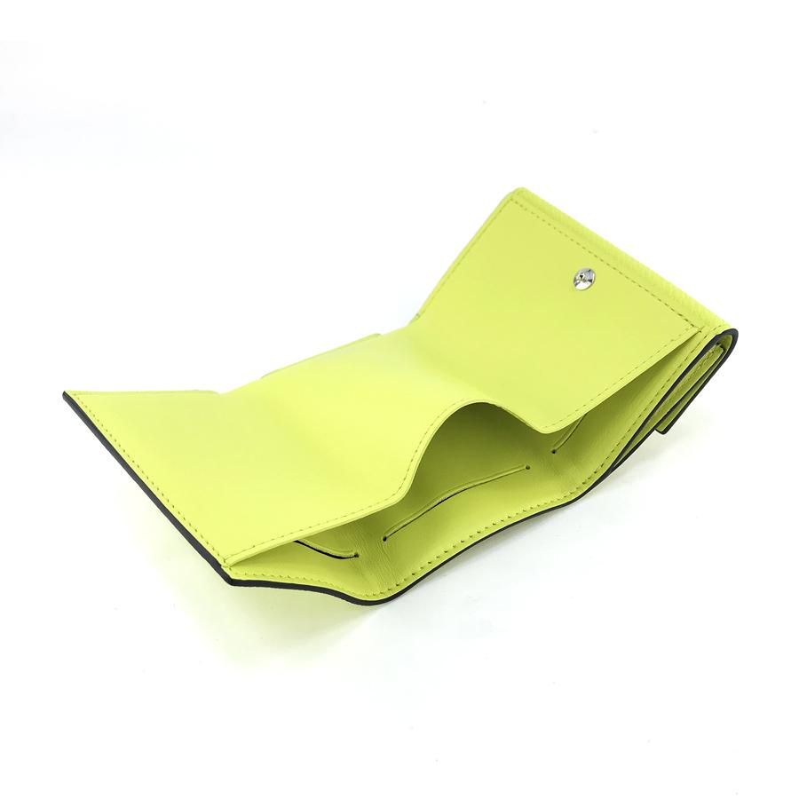 ルイヴィトン LOUIS VUITTON 財布 三つ折り ディスカバリー コンパクト ウォレット タイガ モノグラム ジョーヌ イエロー系 M67629【ルイ・ヴィトン ヴィトン BOX 保存袋 紙袋付 新品】