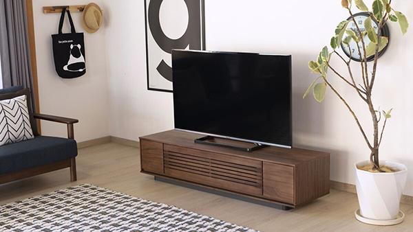送料無料 TVボード 幅150cm ウォルナット 重厚感 木目 テレビボード ローボード ロータイプ 木製 引き出し 収納 おしゃれ 北欧 モダン シンプル ミッドセンチュリー スタイリッシュ 高級感