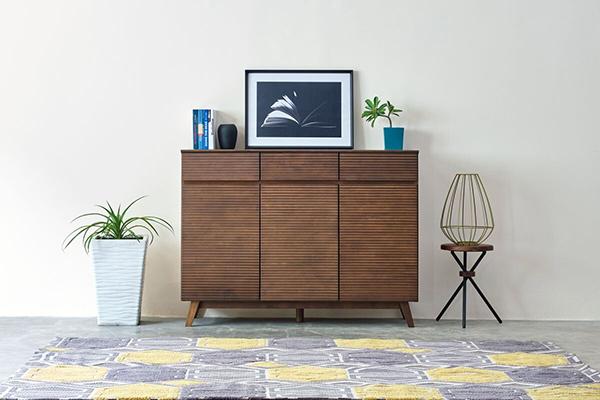送料無料 サイドボード 幅120cm ミディアムブラウン アジアン 収納棚 完成品 木製 天然木 キャビネット リビングボード キッチン リビング収納 引き出し 本棚 おしゃれ 北欧 モダン シンプル 高級感