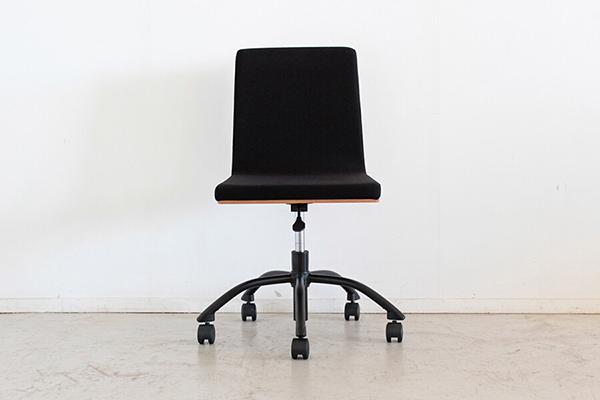 オフィスチェア ナチュラル チェアー デスク用チェア いす 椅子 コンパクト キャスター ワークチェアー パソコンチェア デスクチェア PCチェア OAチェア 学習椅子 いす 椅子 おしゃれ 大人シック 北欧 ナチュラル モダン 高級感