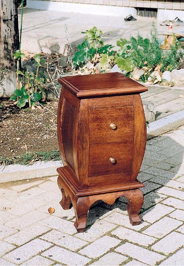チェスト アンティーク 木製 チーク 収納 コンパクト 猫脚 サイドテーブル ナイトテーブル クラシック 上品 おしゃれ レトロ モダン 高級感