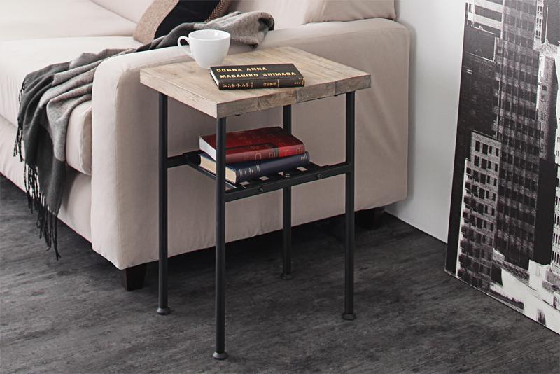 サイドテーブル 幅30cm 奥行き40cm 杉古材ヴィンテージデザインリビングシリーズ Bartual バーチュアル ナイトテーブル ベッドサイド 無垢 木製 角型 スチール脚 ヴィンテージナチュラル×ブラック (送料無料) 500028570