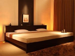 送料無料 ベッドフレーム マットレス ワイドK280 ダブルベッド 2台 連結ベッド すのこ 2段階高さ調整 国産 ベッド LANZA ランツァ ゼルトスプリングマットレス付き ダブルサイズ 棚付き ライト付き コンセント付き 木製 スノコベッド 収納