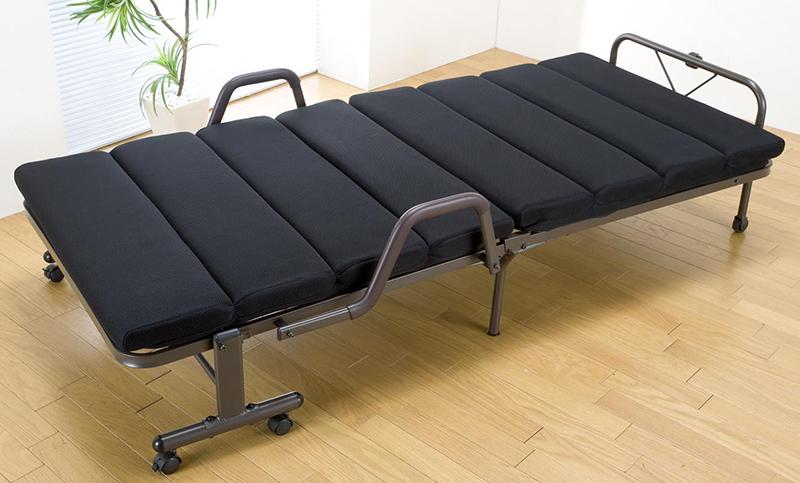 送料無料 モコモコ折りたたみベッド シングルベッド 簡易ベッド 仮眠室 折り畳み スリム キャスター付き シングルサイズ おしゃれ ひとり暮らし ベット ブラック ブラウン