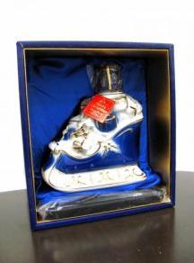 【希少酒】サントリーブランデー エクストラ メリークリスマス 陶器ボトル 40度 700ml 箱付