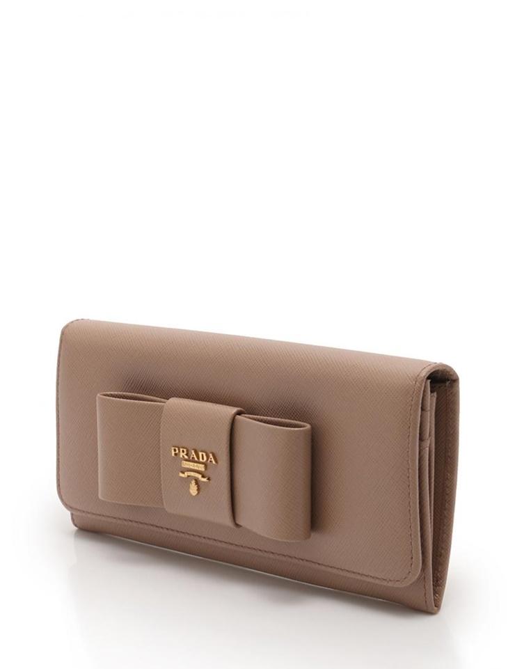 美品 PRADA プラダ 二つ折り長財布 レザー リボン ピンクベージュ ゴールド【本物保証】【中古】