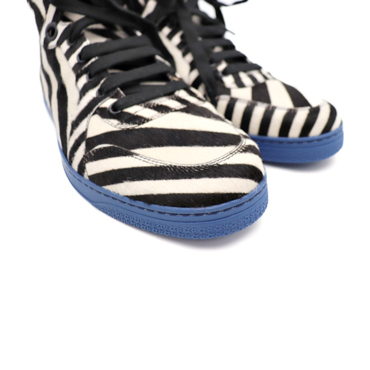 0eb97e243d4 New article-free display GUCCI Gucci higher frequency elimination sneakers  353412 Harako leather blue rubber sole zebra print black white notation 8  ...