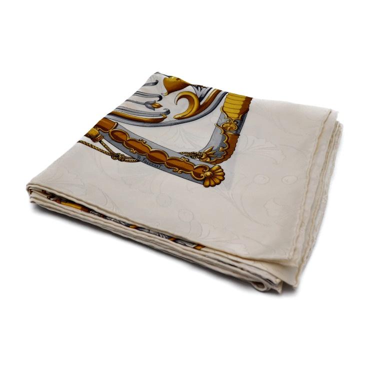bb128778f Super beautiful article HERMES Hermes boyfriend 90 PRINCES DU SOLEIL LEVANT  scarf silk white [genuine guarantee]