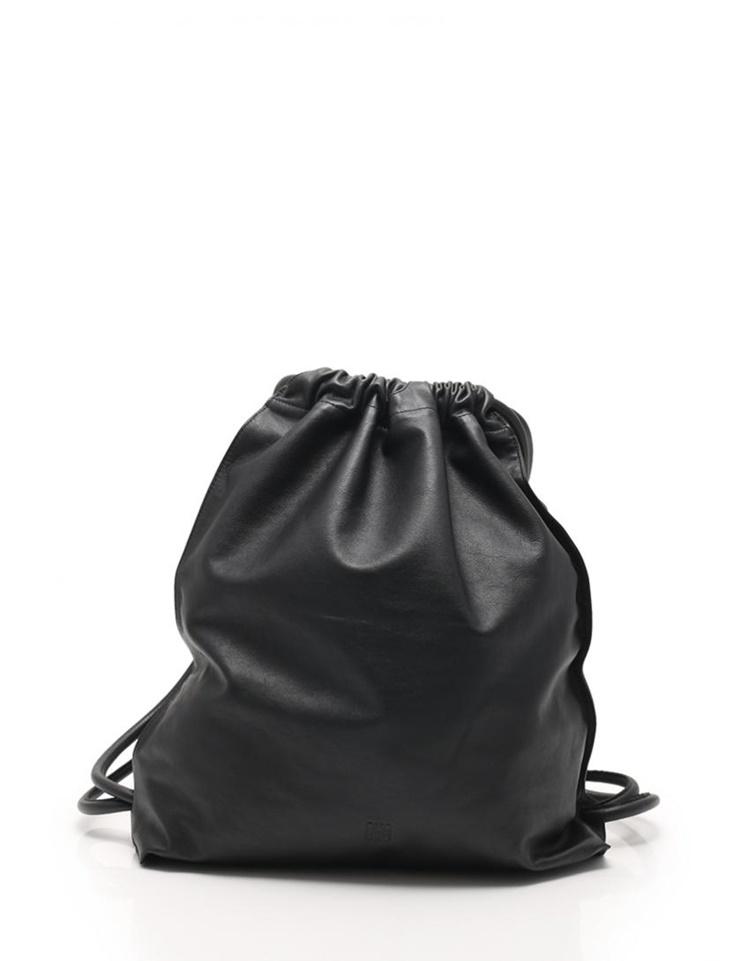 超美品 LOEWE ロエベ Yago Backpack ヤゴ バックパック リュック 304.10.J94 カーフレザー 黒【本物保証】【中古】