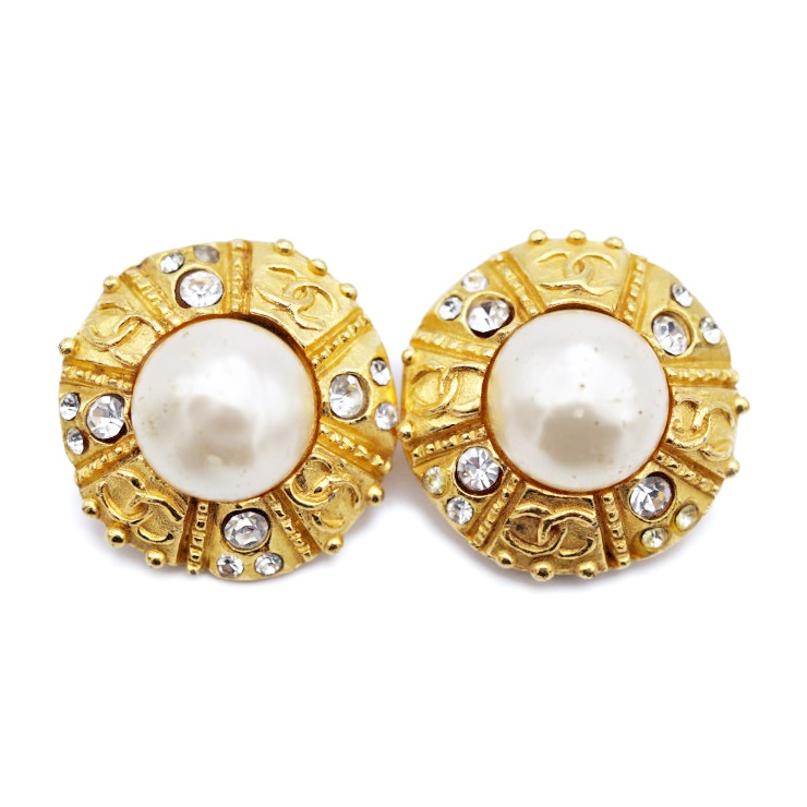 ab9a88e85 CHANEL Chanel fake pearl rhinestone earrings gold metal accessories  accessory [genuine guarantee]