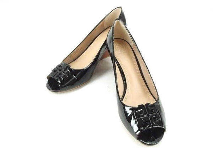 50b419f149c Super beautiful article TORY BURCH Tolly Birch wedge sole opening toe pumps  enamel leather black notation 9 1 2C reference size 26.5cm  genuine  guarantee
