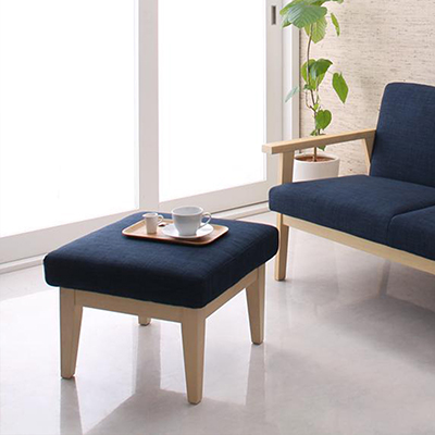 送料無料 北欧 オットマン オットマンソファ スツール マール 木脚 足置き 足置き台 置き台 木製 椅子 いす イス 1人掛け チェア チェアー 腰掛け 1人用 コンパクト 天然木 布張り ファブリック カフェ 北欧デザイン 店舗 040112916